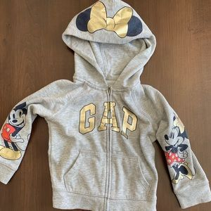 Gap kids Disney sweatshirt